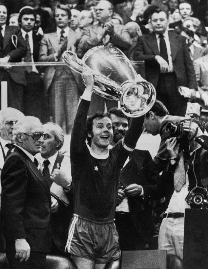 Славетний Франц Бекенбауер та Кубок євпропейсьих чемпіонів-1975