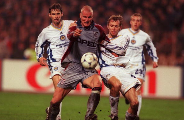 7 квітня 1999. Динамо - Баварія 3:3
